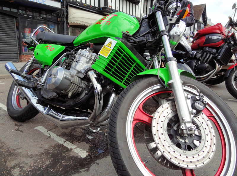 A rather green Suzuki Kettle, one several on the Mayday run